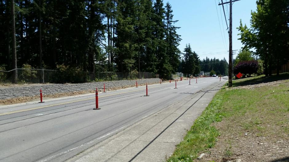 T-38 - 216th Ave SE - Retaining Wall Looking South - 072116